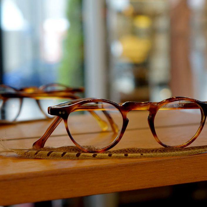 brillen f r schmale gesichter optiker m nchen schwabing. Black Bedroom Furniture Sets. Home Design Ideas